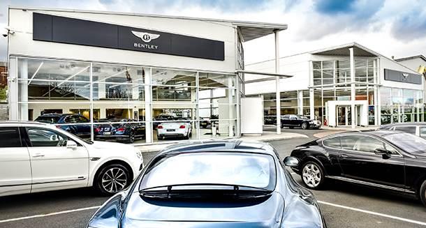 Bentley garage reus verzekeringen for Garage automobile paris 12